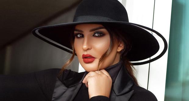 بالصورة – شذى حسون بالحجاب على الطريقة العراقية