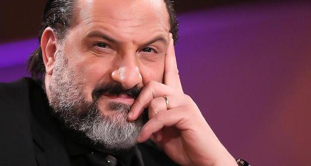 خالد الصاوي يكشف سر حزنه.. هذا ما قاله عن عدم إنجابه