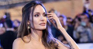 أنجلينا جولي تدعم ضحايا الاعتداء الجنسي